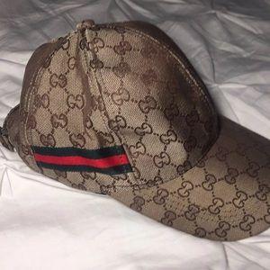 Gucci Accessories - GUCCI GASHION CANVAS HAT 569df0608048